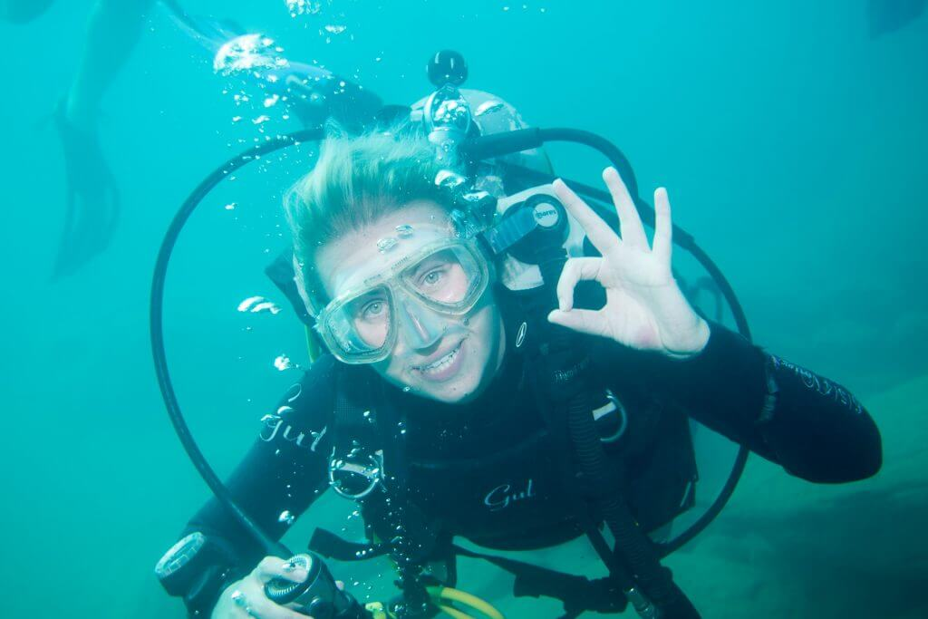 Holly the PADI dive instructor
